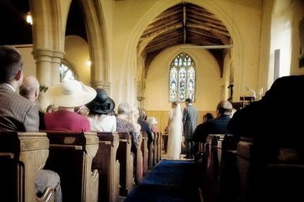 noce dans une église, mariage classique