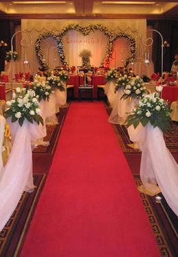 Comment d corer la sc ne de mariage pendant l hiver - Comment decorer une corbeille de mariage ...