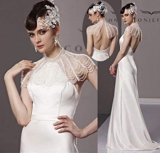 Robe de soirée distinguée luxueuse, châle perlé