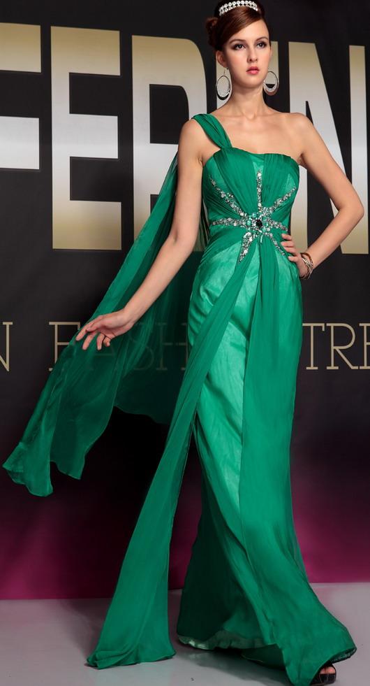 Belles robes de soiree 2013