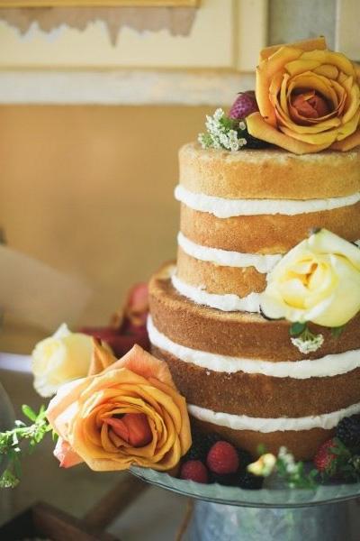 pièce montée sans glaçage : tendance 2013 lors de préparation gâteau de noce