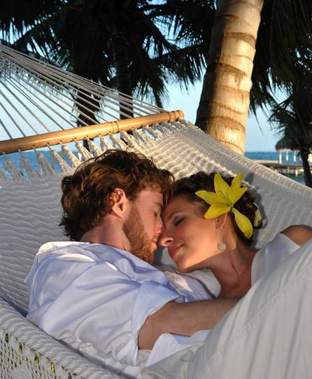 couple romantique sur le plage