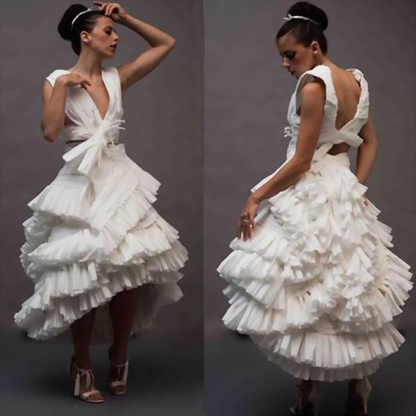 Les robes de mariage incroyablement magnifiques faites en papiers toilette - Papier toilette mariage ...