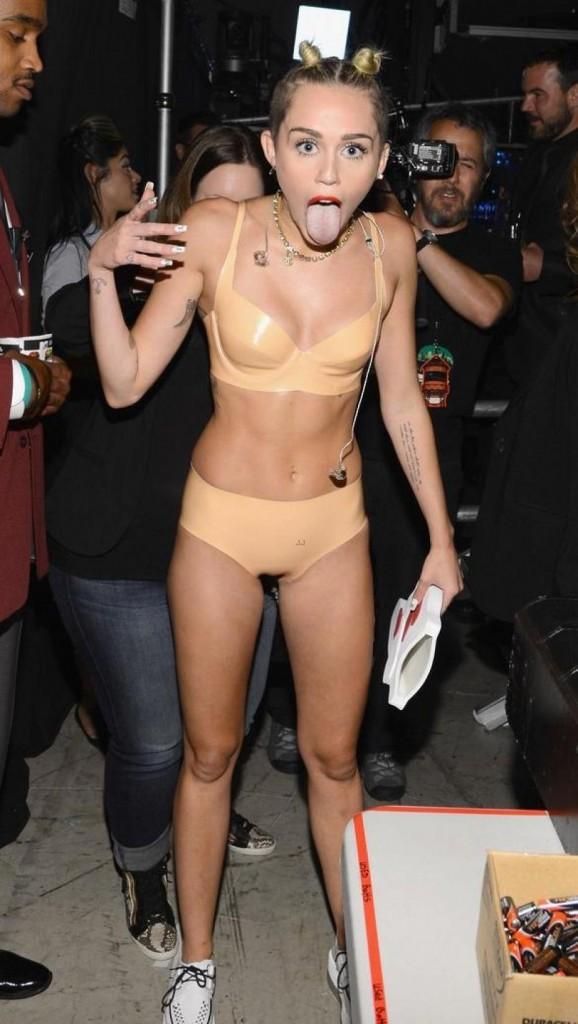 Miley Cyrus aux MTV VMA