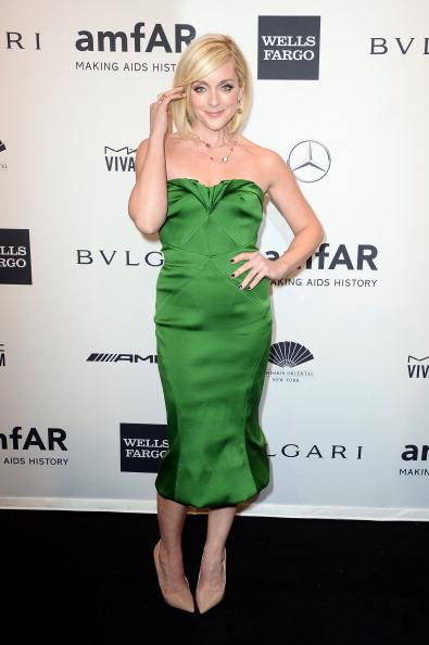 Jane Krakowski dans une robe verte