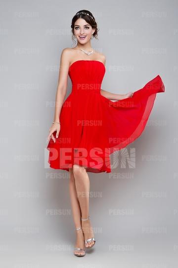 Robe courte de soirée rouge pour la fête Saint Valentin