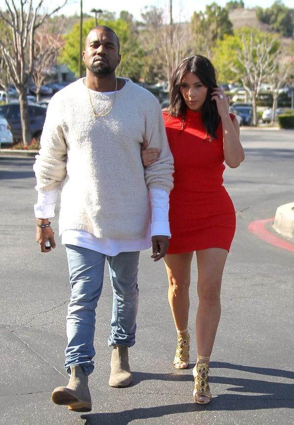 Kim Kardashian donne rendez-vous à Kanye West
