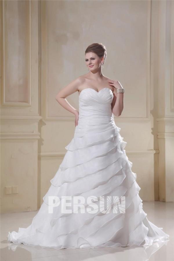 robe de mariée grande taille à volants en cascad