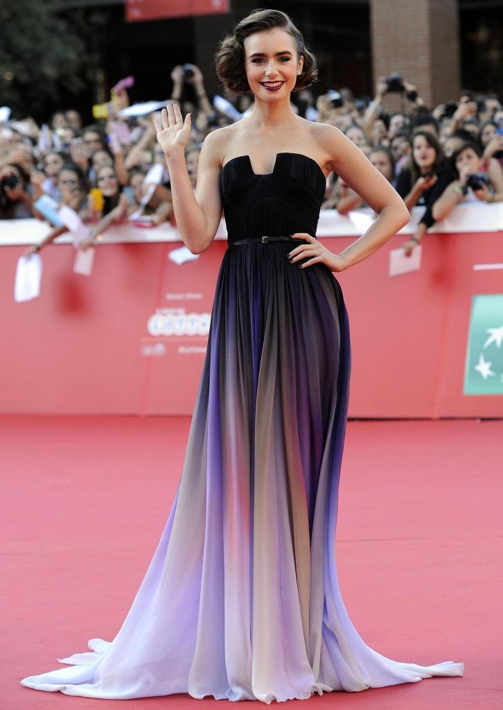 Lily Collins a charmé sur le tapis rouge en portant une robe bustier Elie Saab Haute Couture