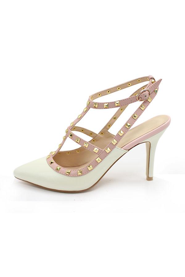 sandales-a-hauts-talons-pour-la-mariee