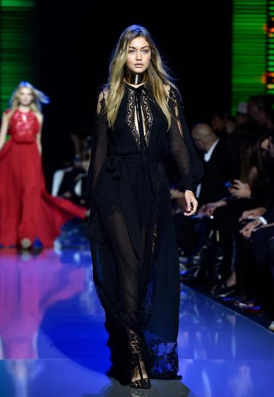 robe-haiblle-gigi-hadid-fashion-week