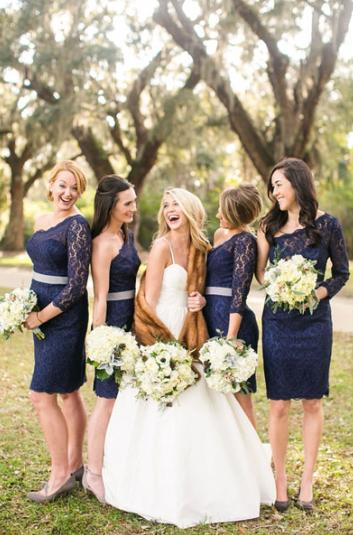 robes demoiselles d'honneur bleu courte en dentelle