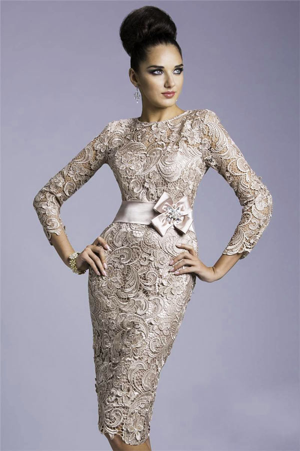robe-de-cocktail-fourreau-en-dentelle-guipure-champagne-avec-manches-longues-ajouree