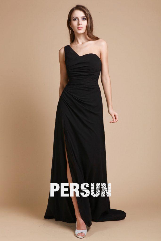 robe-fendue-noire-de-soiree-encolure-asymetrique-simple
