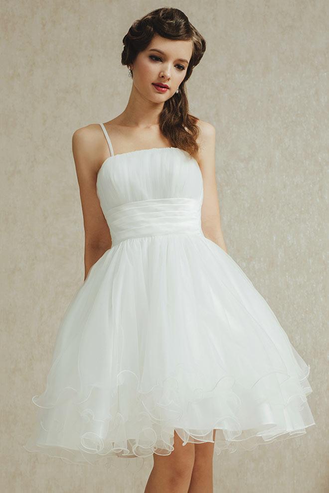 mini robe blanche pour mariage en tulle effet romantique. Black Bedroom Furniture Sets. Home Design Ideas