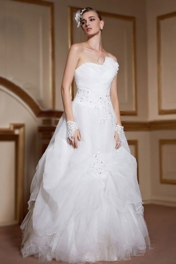 Robe de mariée princesse avec jupe romantique en organza