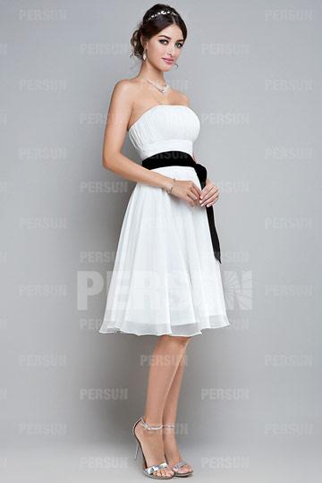 robe-de-cocktail-bustier-ligne-a-courte-aux-genoux-en-mousseline-blanche