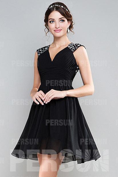 robe de bal de cocktail courte a ligne d collet e en v. Black Bedroom Furniture Sets. Home Design Ideas