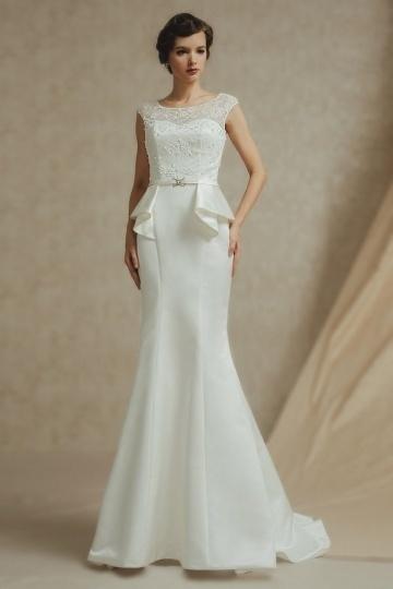 Robe de mariée basque pour cérémonie de mariage en satin à dos ouvert