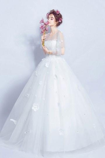 Royale robe de mariée 2017 princesse cape fleurie
