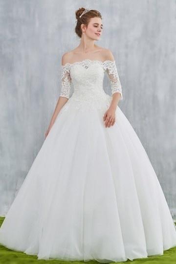 Robe rétro de mariée épaules nu dentelle à manche