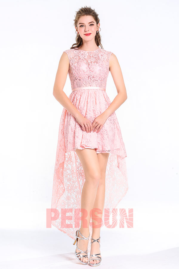 Ball gown in pink lace rocker style