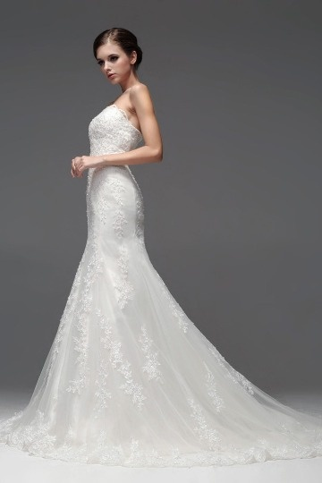 Robe sirène blanche pour mariée bustier dentelle élégante