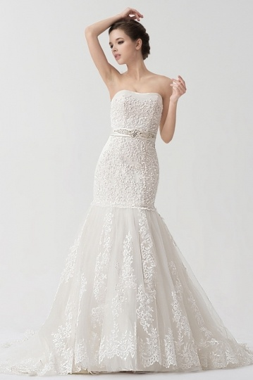Mermaid Lace appliqué Strapless Wedding Dress