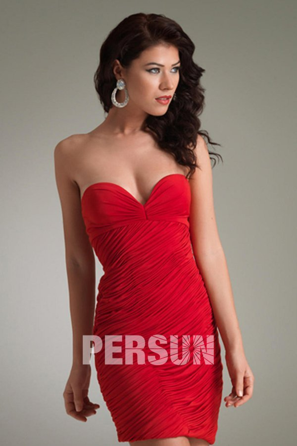 Robe bustier rouge chic