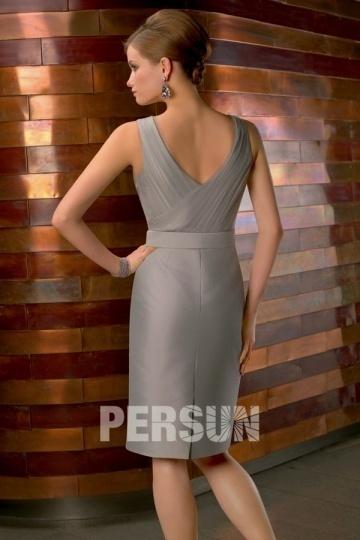 elegante robe courte de cocktail grise longue aux genoux strass sur la ceinture. Black Bedroom Furniture Sets. Home Design Ideas