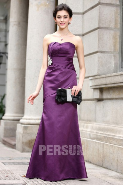 Robe-bustier-violette-fourreau-en-satin-longue-et-simple