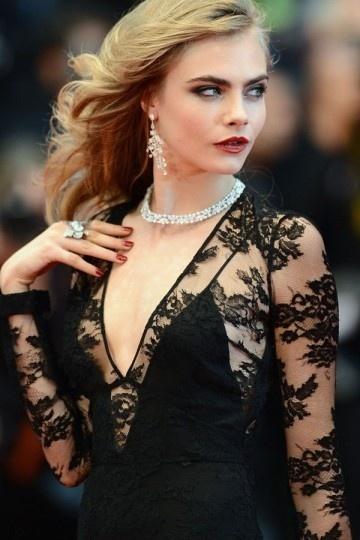 accessoiriser une robe noire