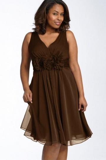Robe sobre courte pour mariage grande taille linge A