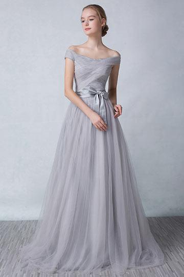 robe-de-soiree-longue-grise-avec-epaule-denudee-ornee-dun-noeud-papillon