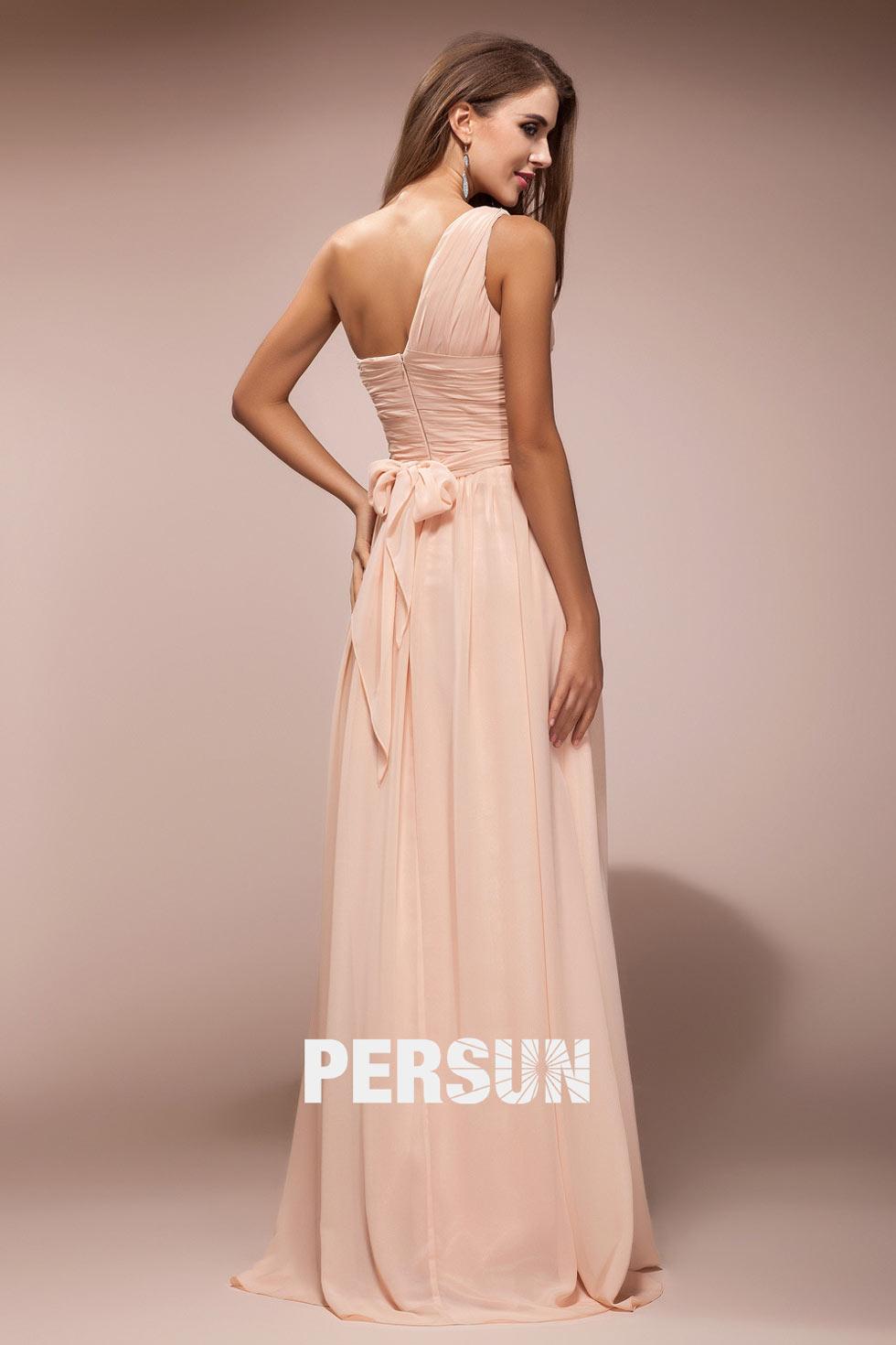 robe simple à noeud pour festival en été