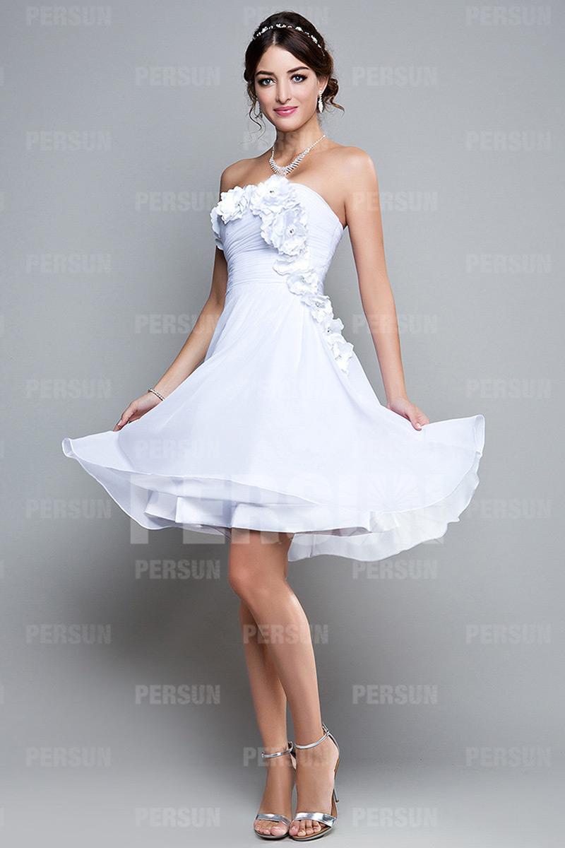 robe courte pour soir e blanche bustier orn e de fleurs fait main. Black Bedroom Furniture Sets. Home Design Ideas