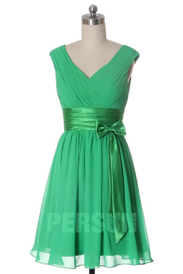 Robe courte verte voyante pour aller à un mariage