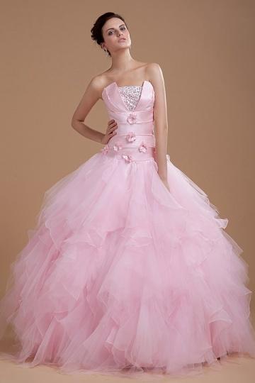 les robes de mariées rose ?! dans La robe 1