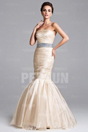 Robe chic sirène Keri Hilson bustier ornée de strass tulle champagne