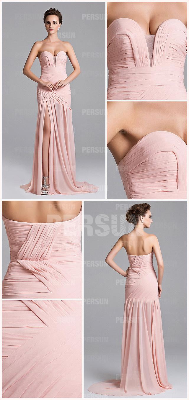 Robe en rose décolletée coeur jupe fendue