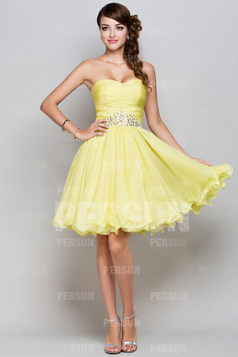 robe jaune de bal courte bustier coeur jupe bouffante. Black Bedroom Furniture Sets. Home Design Ideas