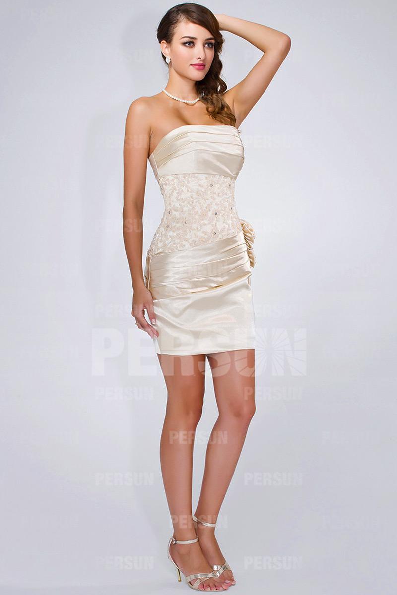 mini-robe-moulante-pour-soiree-et-mariage