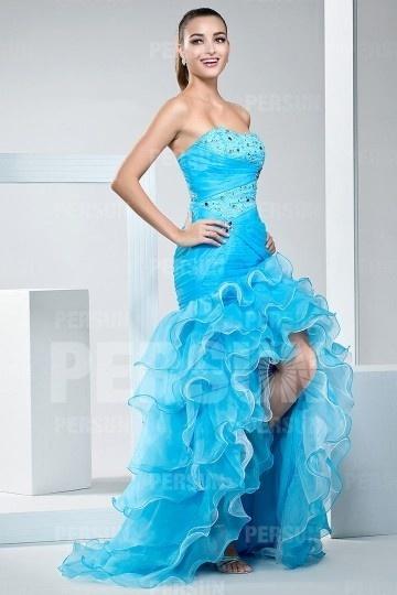 robe-bleu-de-soiree-style-bascule-bustier-travaille
