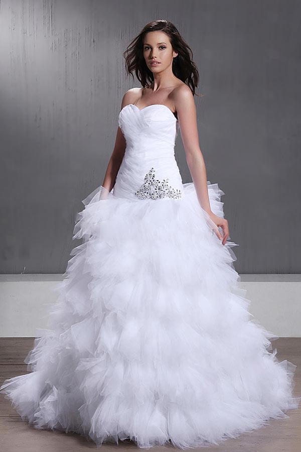 Robe de mariée princesse avec plissés et décolleté en cœur à ...