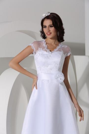 Robe de mariée en organza Ligne A bustier coeur ornée d'applique longue à la cheville