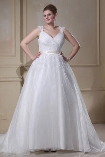 Robe mariée grande taille  appliquée & ceinturée avec perles col en v en organza