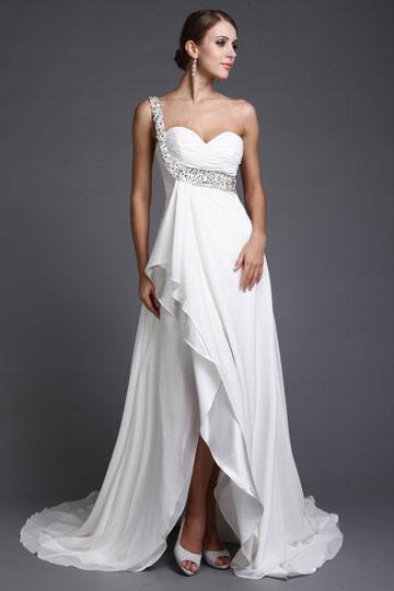 robe-asymetrique-empire-avec-une-bretelle-brillante