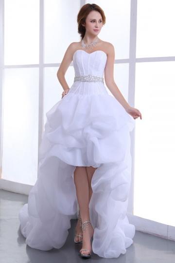 Robe de mariée bustier coeur courte devant longue derrière en organza