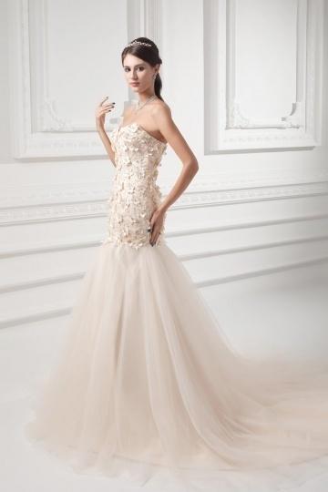 Fleurie robe de mariée en tulle champagne ornée de bijoux