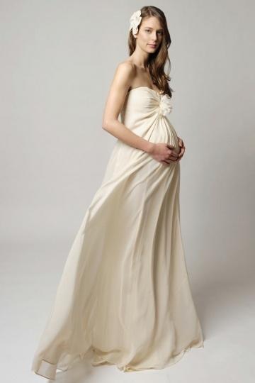 Robe mariée enceinte grande taille empire simple ceinturée de strass